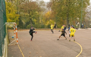 "An exciting game of handball at Pernand-Vergelesses, but ""we"" still lose 21-24"