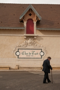 Clos de Tart , unmissable in Morey-St-Denis