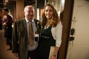 Lucie Cornu, as a student at the Beaune Lycée viticole gets pour the wines for the press and  share a picture with the star of the day
