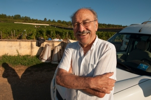 Michel Niellon was picking his Chevalier too